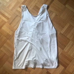 Lululemon bend and twist top size 4